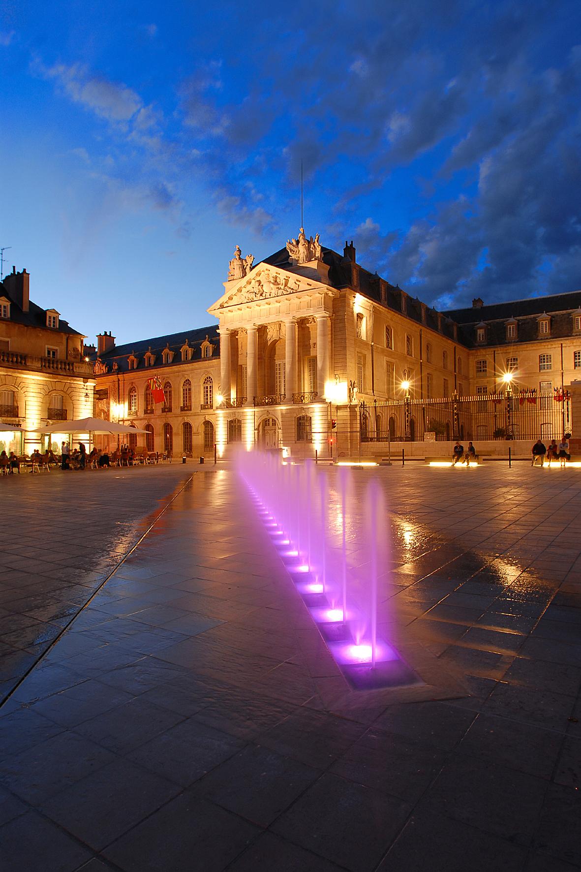 Place de la libération - Dijon