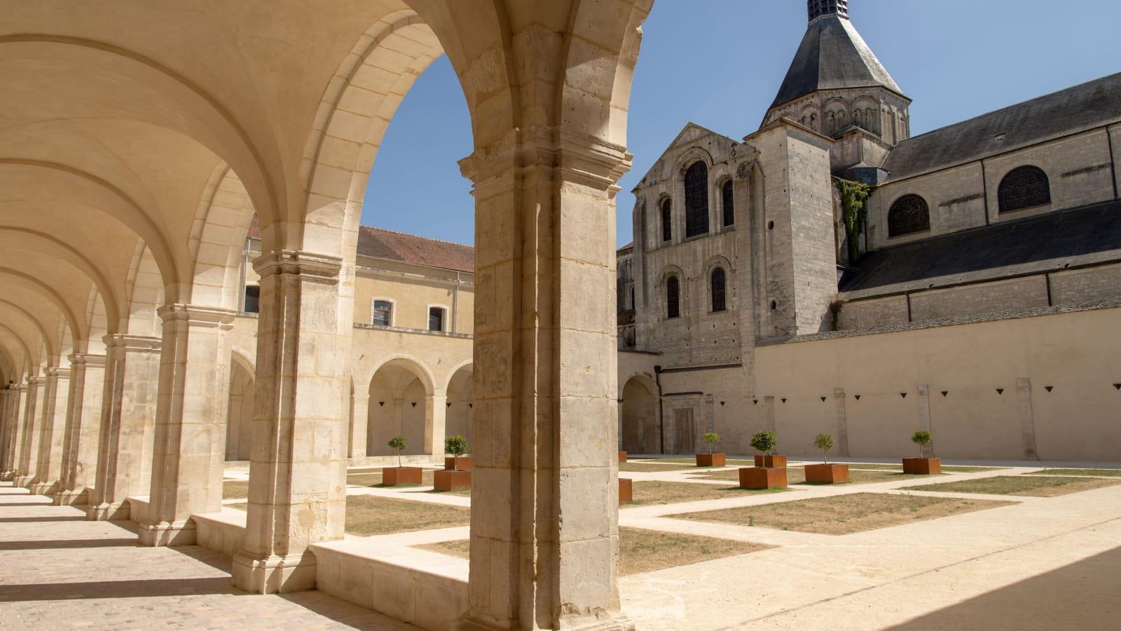 Prieuré de La Charité-sur-Loire