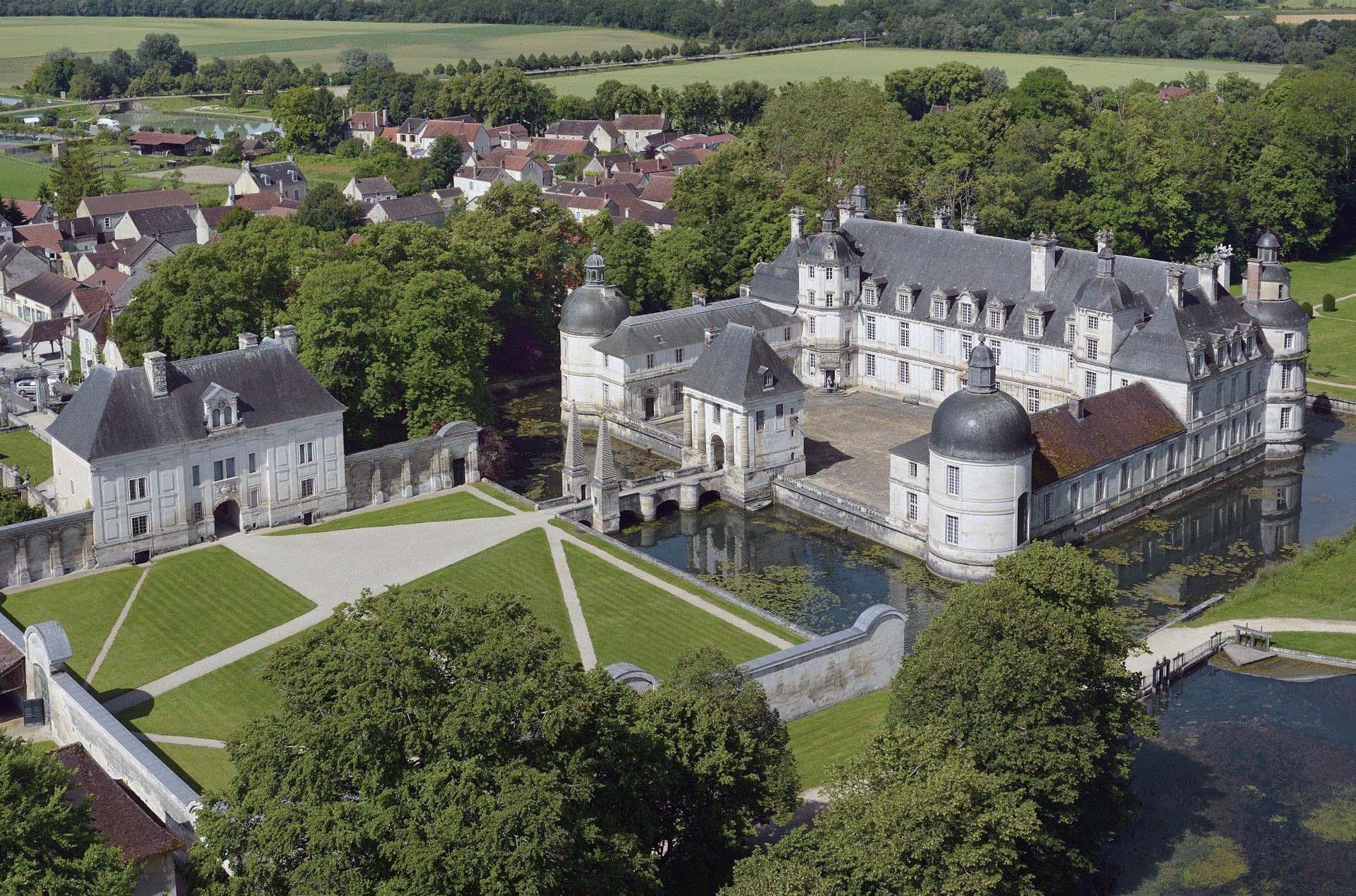 Château et jardins de Tanlay en Bourgogne