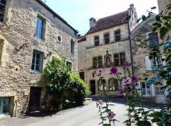 Flavigny-sur-Ozerain, plus beau village de France