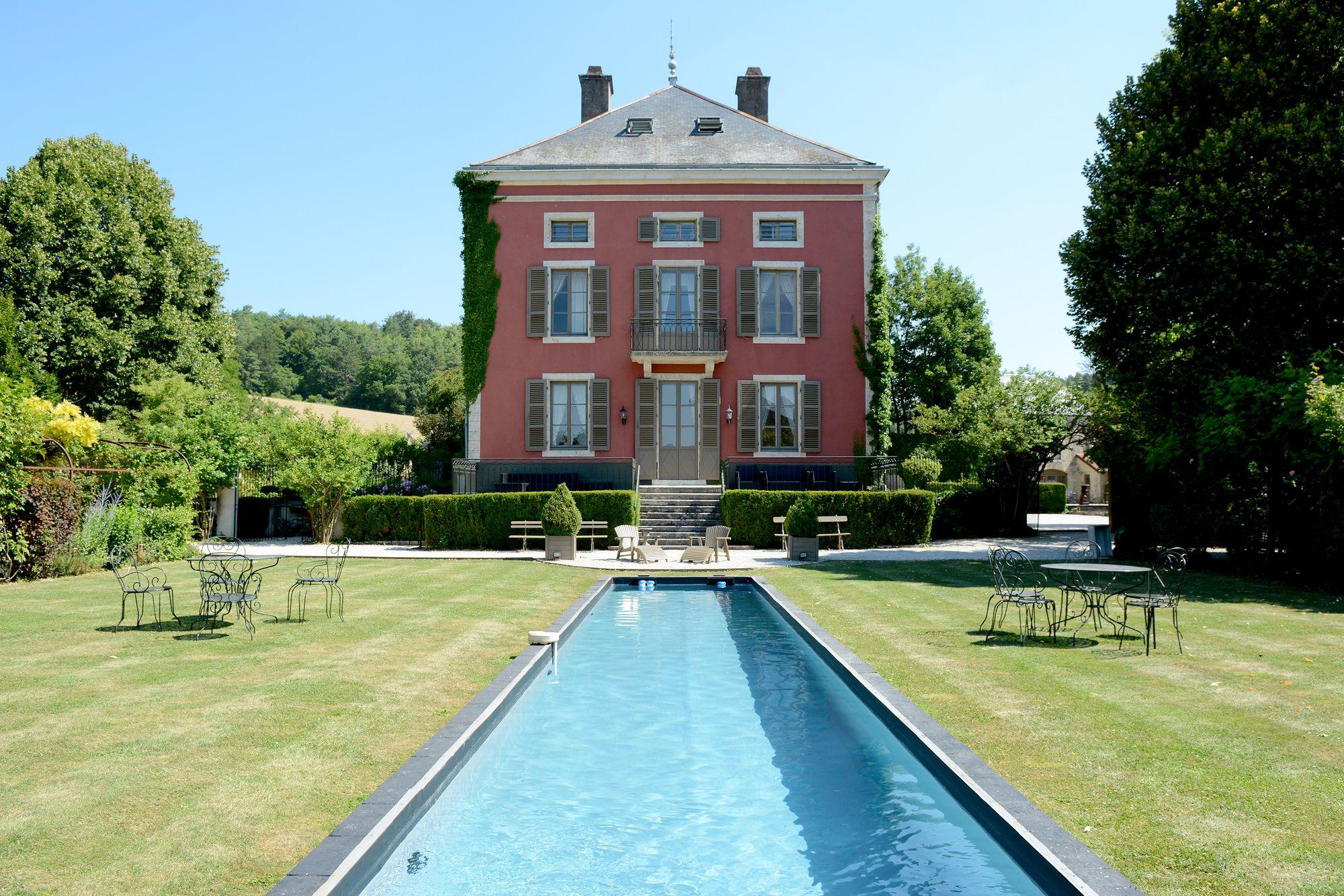 Le Château de Courban dont la table est étoilée au guide Michelin