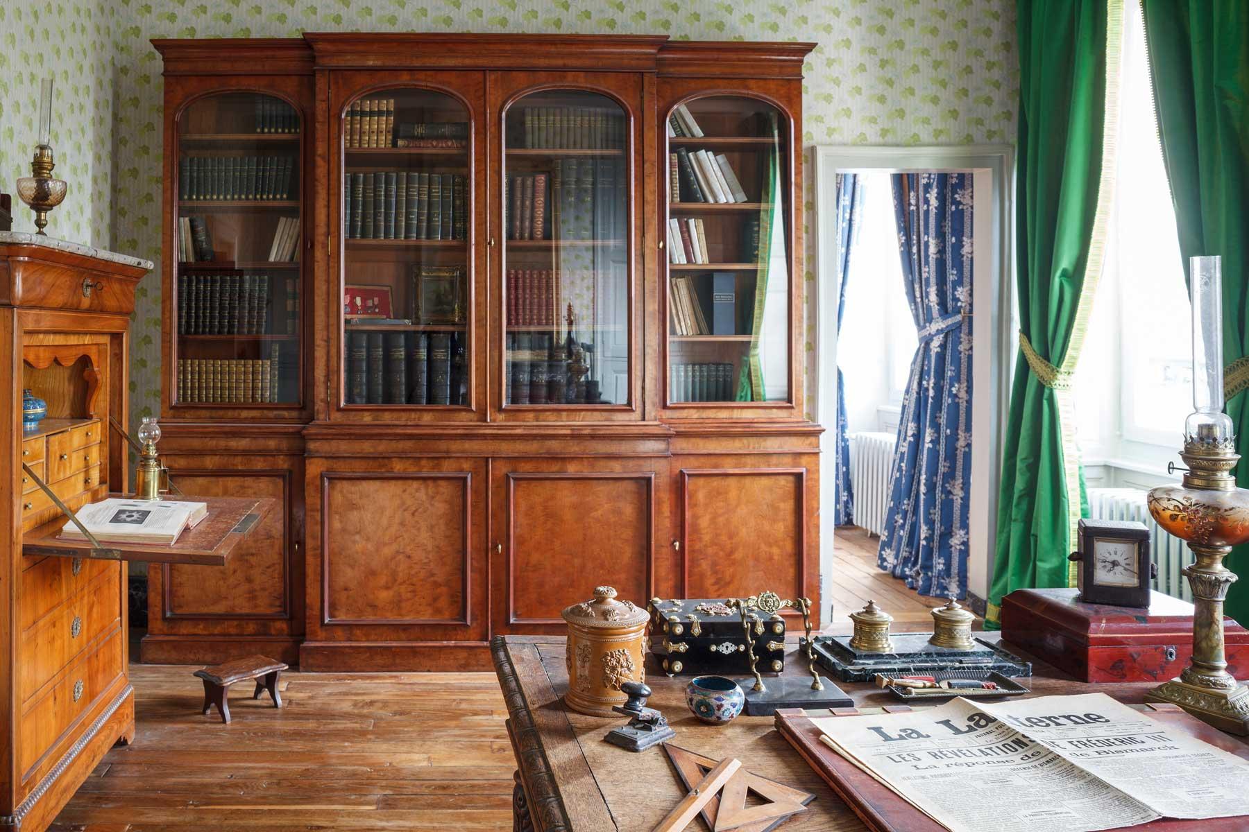 La Maison de Colette dans l'Yonne - bureau du Capitaine