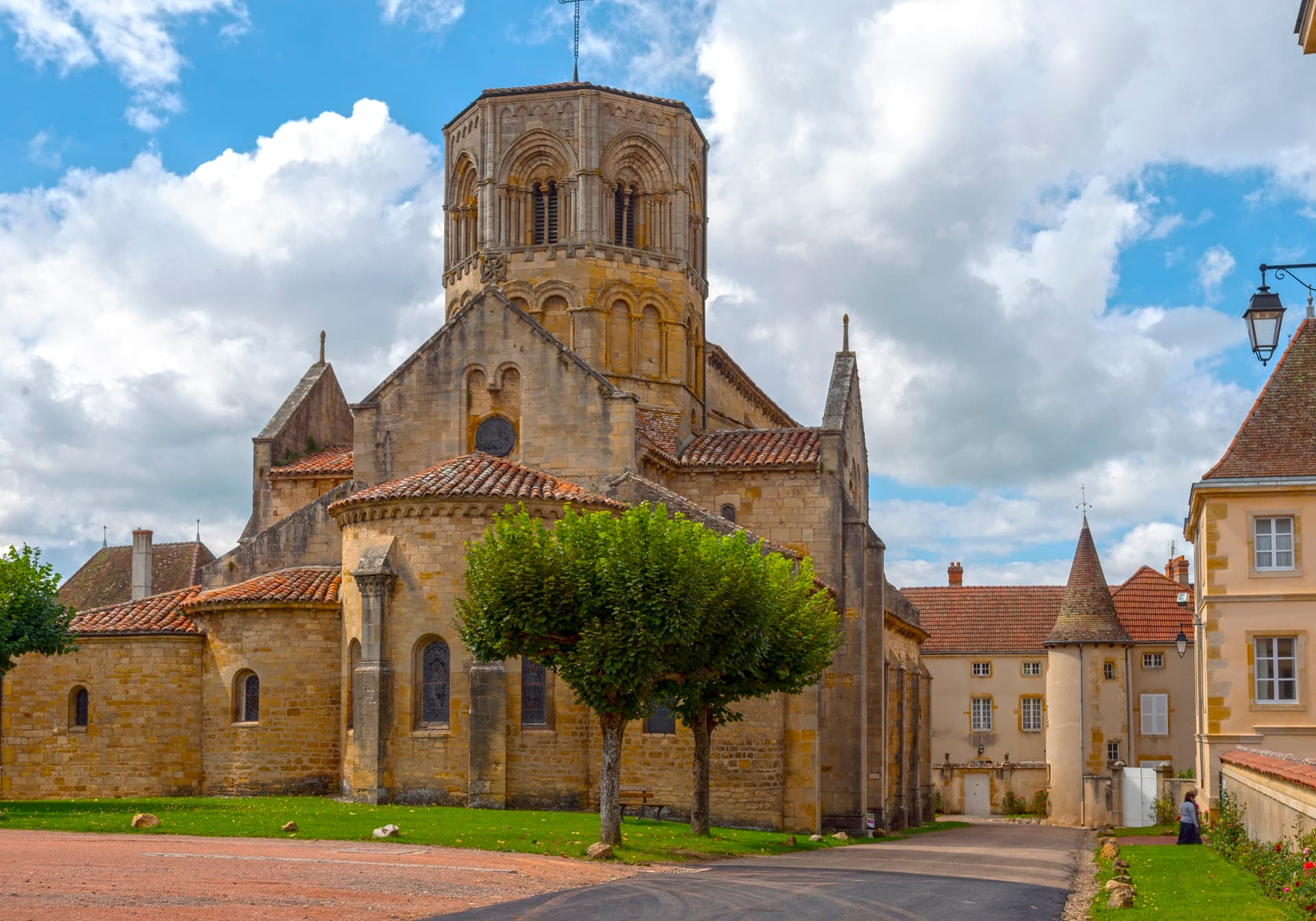 Village et église de Semur-en-Brionnais