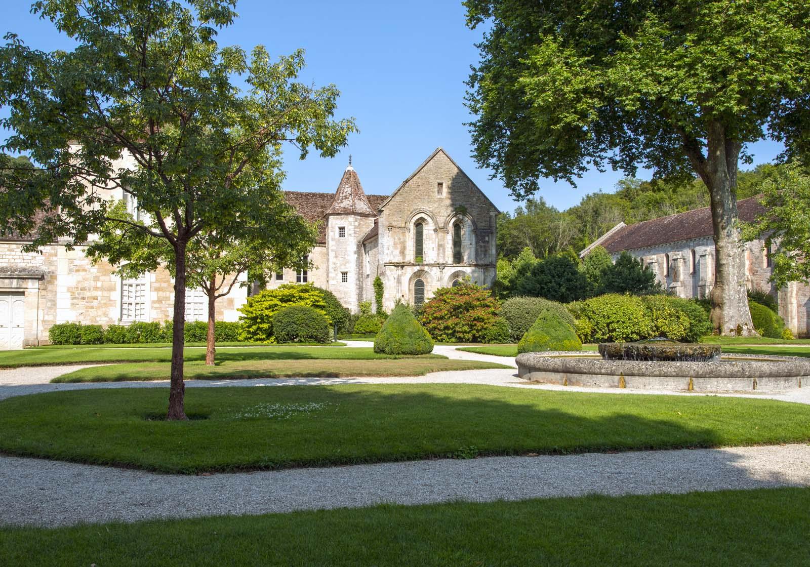 l'Abbaye de Fontenay et ses jardins