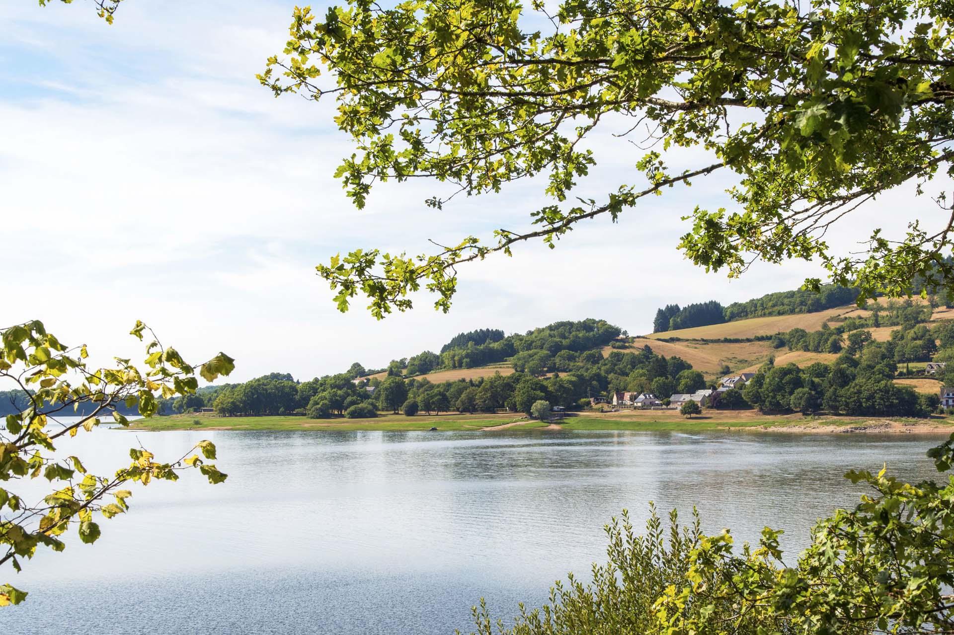 Se baigner au lac de Pannecière