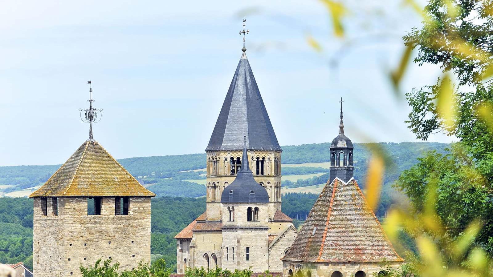 Clochers de l'abbaye de Cluny