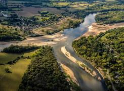 Vue aérienne du Bec d'Allier