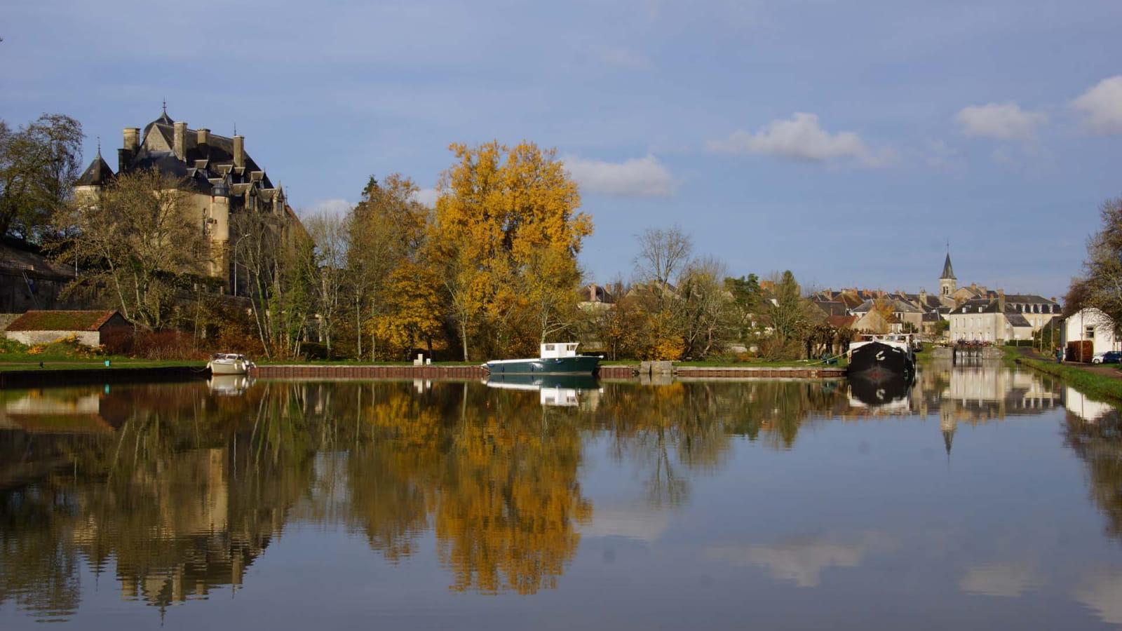 Chatillon-en-bazois sur le canal du Nivernais