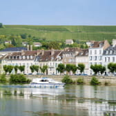 Joigny en bateau sur l'Yonne