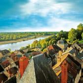 Vue sur les toits et la Loire à La Charité-sur-Loire